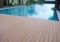 Lắp đặt sàn bể bơi bằng gỗ nhựa composite có đắt không
